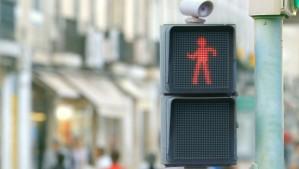 traffic-light-dances-video-620x350
