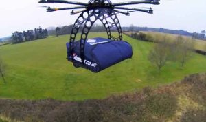 pizza-delivery-by-rc-helicopter-image10